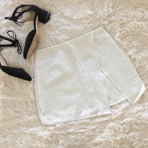 nasty gal • slit asymmetrical white mini skirt